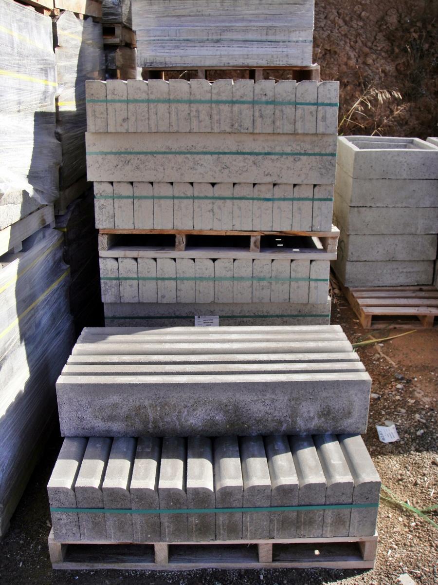 Bordillos para jardines imagen with bordillos para for Bordillos para jardin